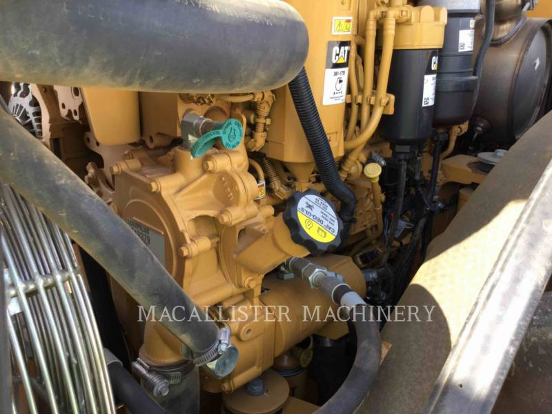 CATERPILLAR COMPATTATORE A SINGOLO TAMBURO VIBRANTE TASSELLATO CP56B equipment  photo 10