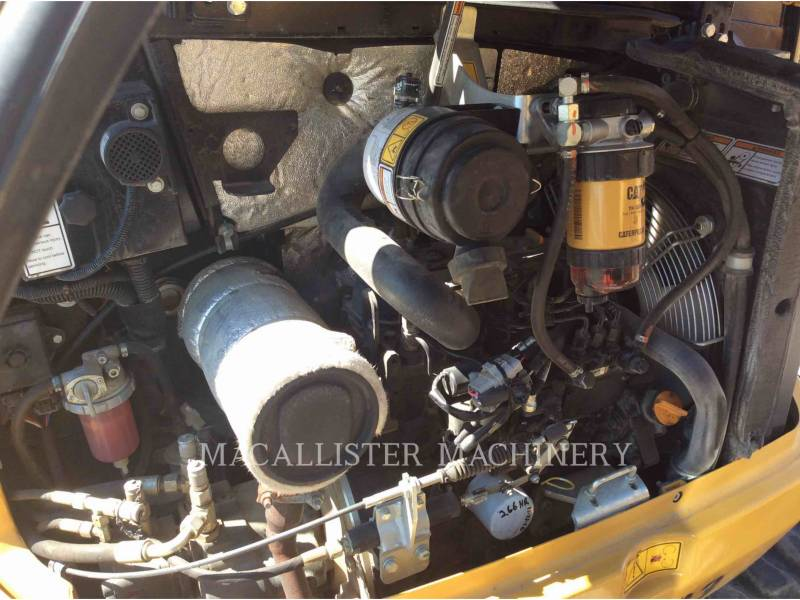 CATERPILLAR トラック油圧ショベル 302.7DCR equipment  photo 7
