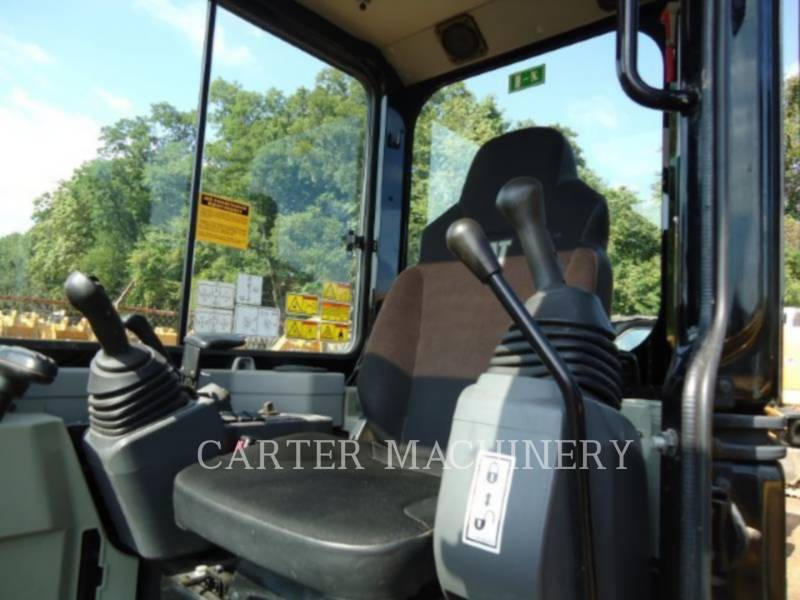 CATERPILLAR EXCAVADORAS DE CADENAS 303.5 E CR equipment  photo 10