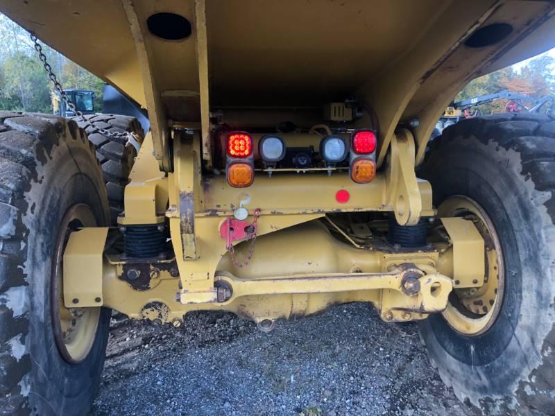 CATERPILLAR DUMPER ARTICOLATI 735 C equipment  photo 11