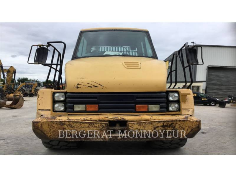 CATERPILLAR DUMPER ARTICOLATI 725 equipment  photo 3