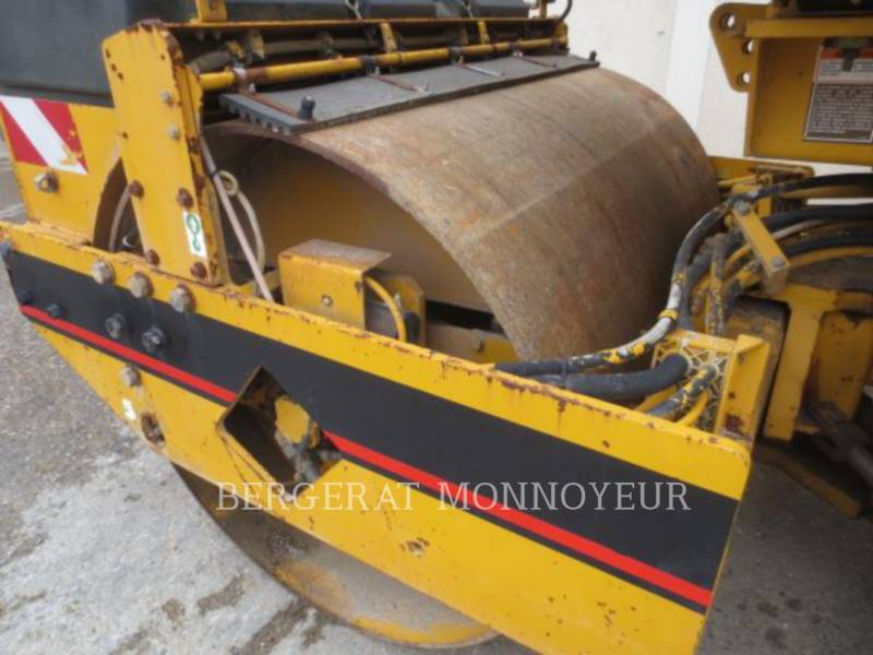 CATERPILLAR TANDEMVIBRATIONSWALZE, ASPHALT CB-434B equipment  photo 8