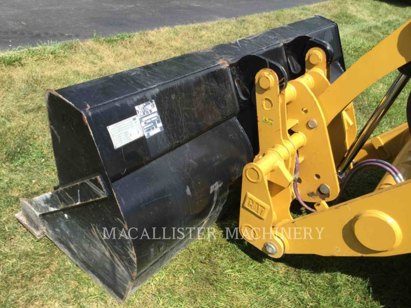CATERPILLAR BAGGERLADER 420F2ST equipment  photo 17