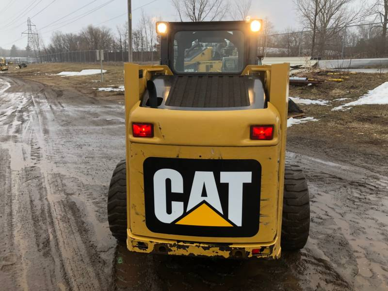 CATERPILLAR CHARGEURS COMPACTS RIGIDES 236B3 equipment  photo 9