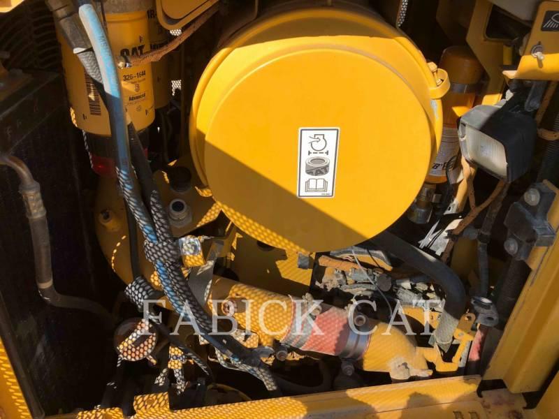 CATERPILLAR TRACK TYPE TRACTORS D6T LGPARO equipment  photo 17