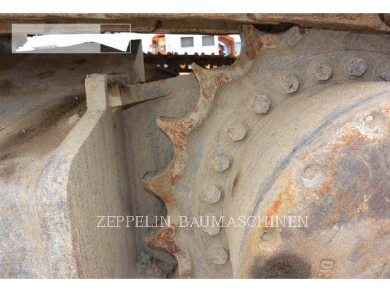 NEW HOLLAND EXCAVADORAS DE CADENAS E385 equipment  photo 10
