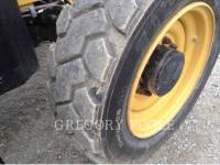 CATERPILLAR TELEHANDLER TL943C equipment  photo 22