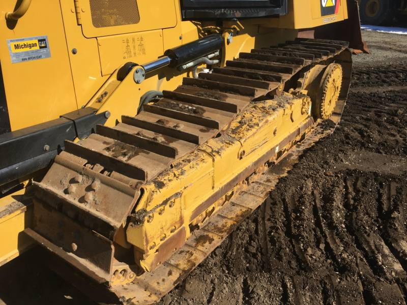 CATERPILLAR TRACK TYPE TRACTORS D6K2XL equipment  photo 11