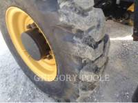 CATERPILLAR TELEHANDLER TL943C equipment  photo 24