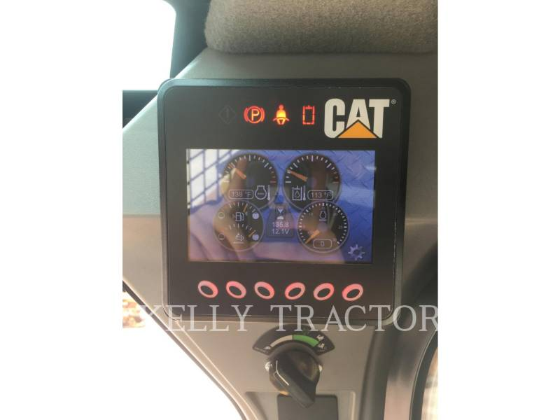 CATERPILLAR SKID STEER LOADERS 272D2 equipment  photo 13