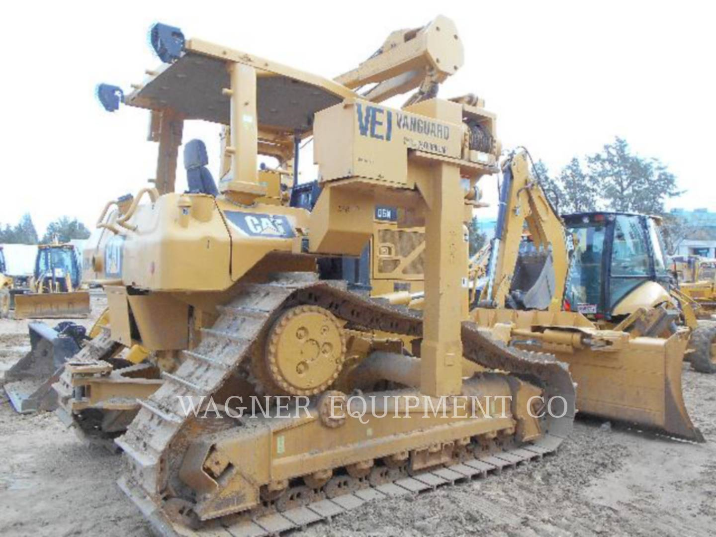 Detail photo of 2009 Caterpillar D6N from Construction Equipment Guide