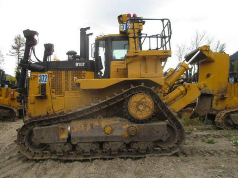 CATERPILLAR TRATORES DE ESTEIRAS D10T equipment  photo 9