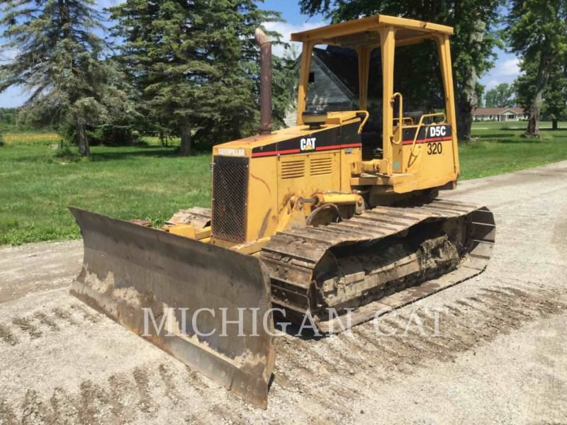 CATERPILLAR TRACK TYPE TRACTORS D5CIIILGP equipment  photo 1