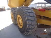 Caterpillar CAMIOANE ARTICULATE 730C equipment  photo 14