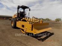 Equipment photo CATERPILLAR CP56B COMPACTEUR VIBRANT, MONOCYLINDRE À PIEDS DAMEURS 1