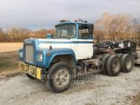 MACK CAMIONES DE CARRETER R223 equipment  photo 9