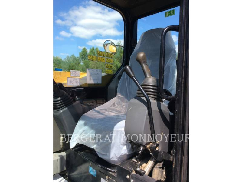 CATERPILLAR EXCAVADORAS DE CADENAS 308ECRSB equipment  photo 17