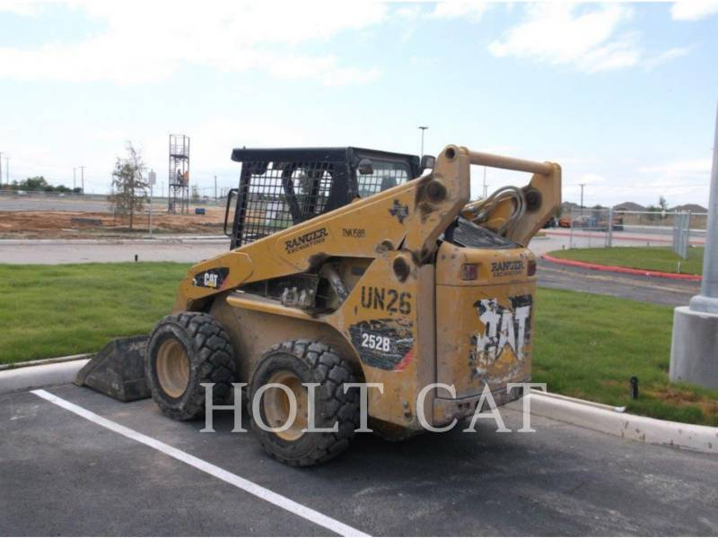 CATERPILLAR MINICARGADORAS 252B3 equipment  photo 3