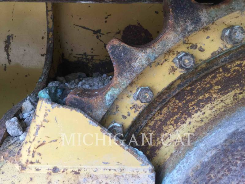 CATERPILLAR TRATTORI CINGOLATI D3K2XL equipment  photo 16