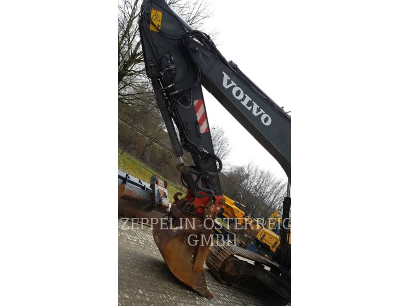 VOLVO TRACK EXCAVATORS EC210BNLC equipment  photo 17