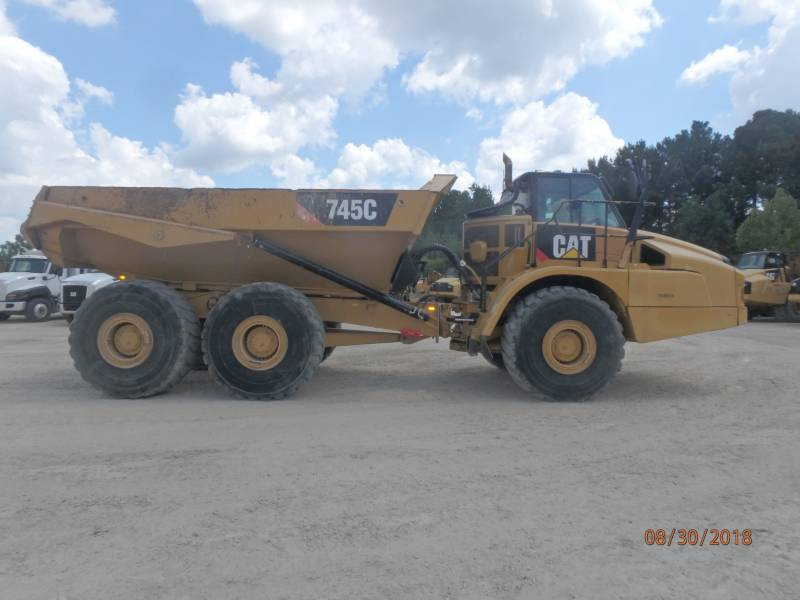 CATERPILLAR KNIKGESTUURDE TRUCKS 745 C equipment  photo 2