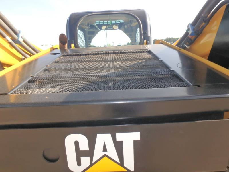 CATERPILLAR CHARGEURS TOUT TERRAIN 299D equipment  photo 16