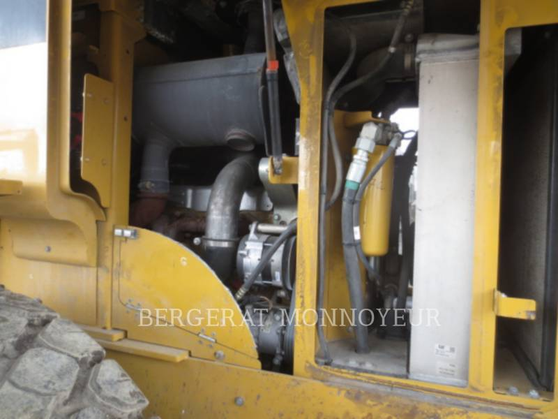CATERPILLAR CARGADORES DE RUEDAS 930H equipment  photo 12