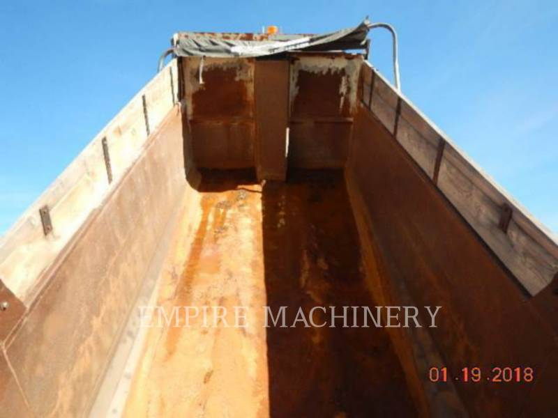 INTERNATIONAL OTROS DUMP TRUCK equipment  photo 9