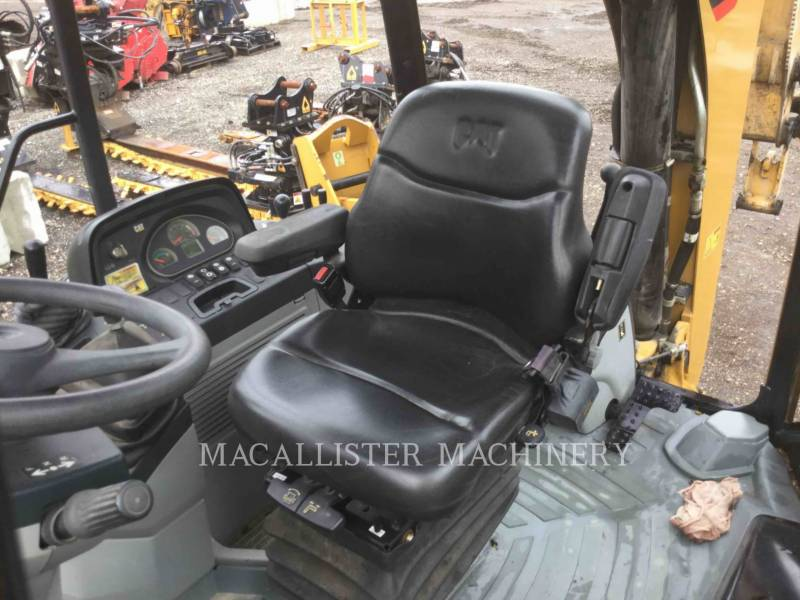 CATERPILLAR CHARGEUSES-PELLETEUSES 416FST equipment  photo 14