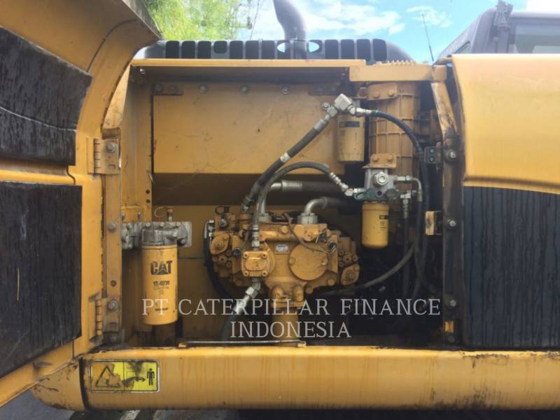 Caterpillar EXCAVATOARE PE ŞENILE 320D equipment  photo 4