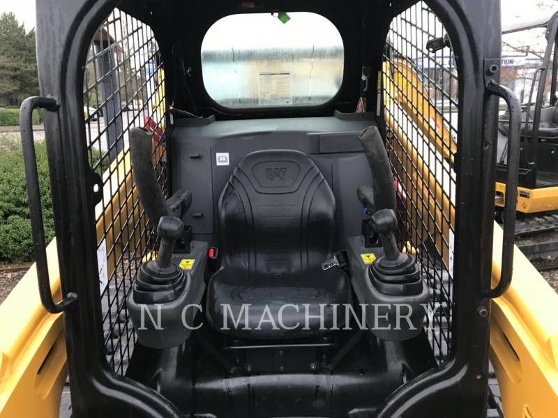 CATERPILLAR SKID STEER LOADERS 259D H2CN equipment  photo 4