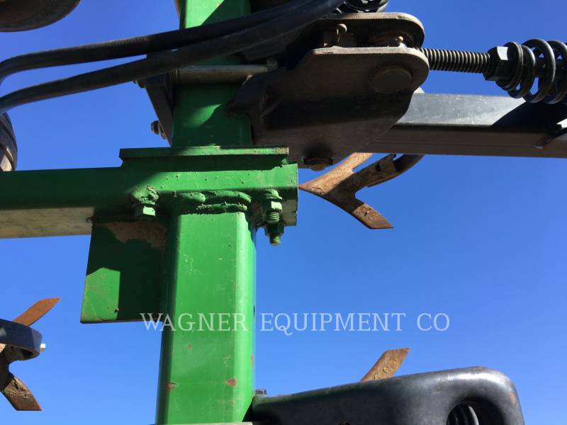JOHN DEERE APPARECCHIATURE PER COLTIVAZIONE TERRENI 2200 equipment  photo 11