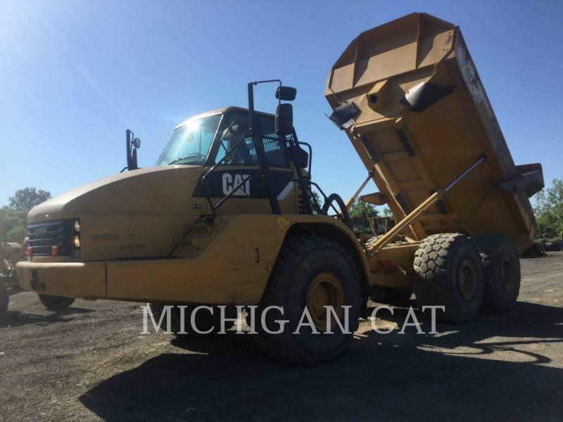 Caterpillar CAMIOANE ARTICULATE 740 T equipment  photo 1