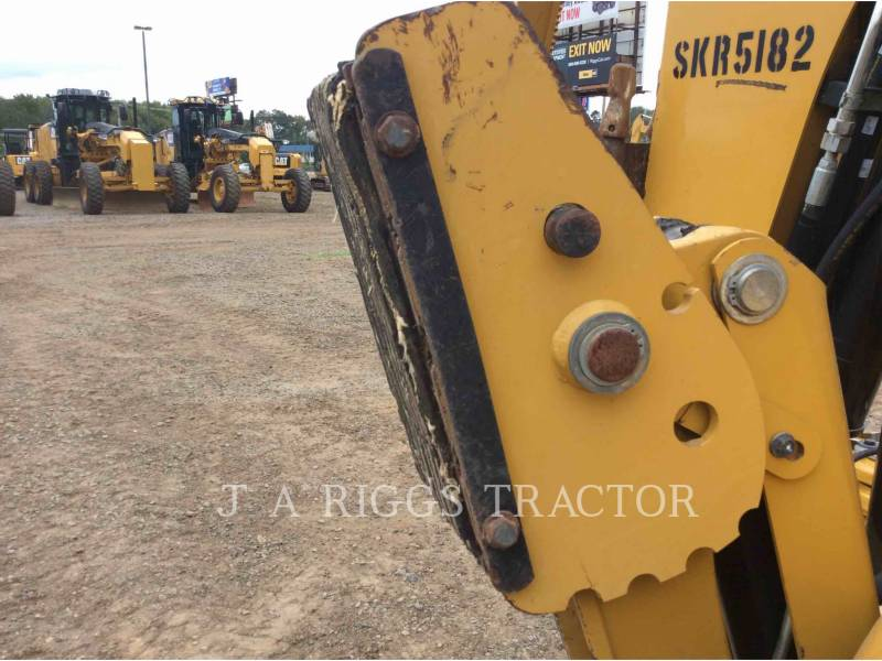CATERPILLAR CHARGEUSES-PELLETEUSES 420F 4H equipment  photo 18