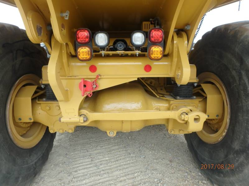 CATERPILLAR KNICKGELENKTE MULDENKIPPER 745C equipment  photo 22