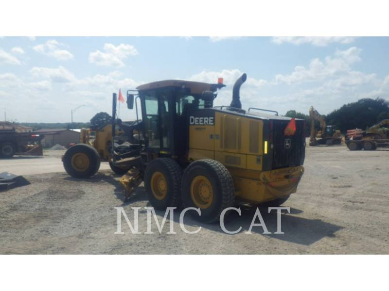 CATERPILLAR NIVELEUSES 770G equipment  photo 2