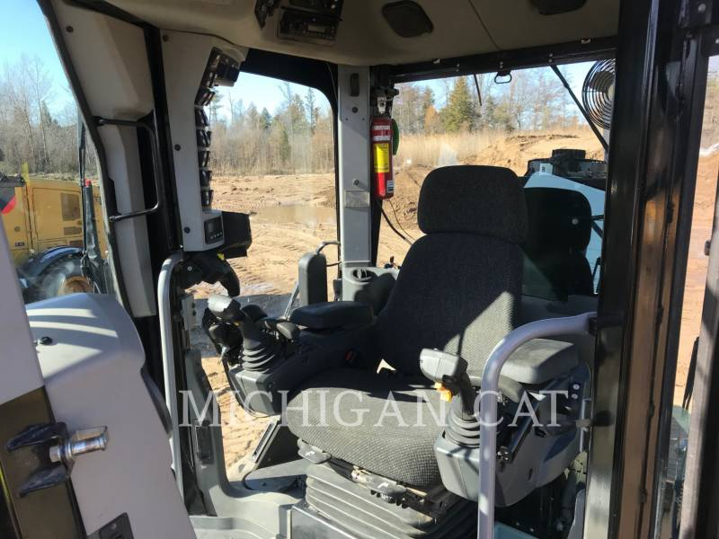 CATERPILLAR NIVELEUSES 140M2AWD equipment  photo 5