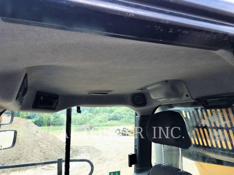 CATERPILLAR KNICKGELENKTE MULDENKIPPER 740B equipment  photo 12