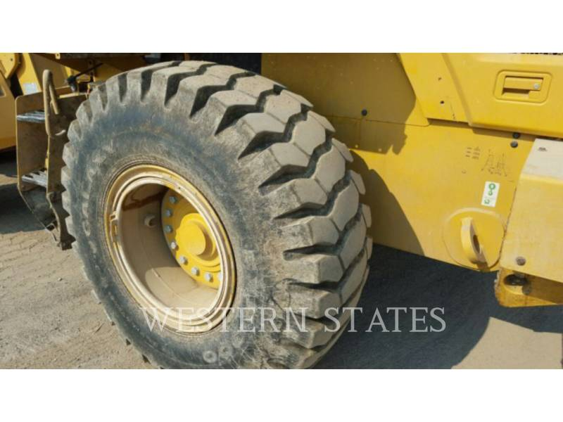 CATERPILLAR CHARGEURS SUR PNEUS MINES 938K equipment  photo 7