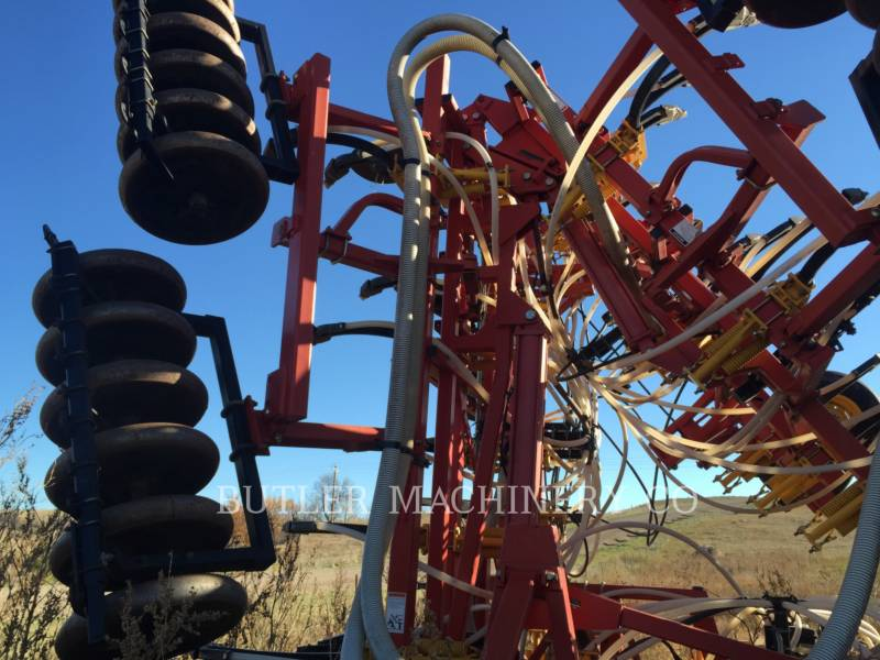 BOURGAULT INDUSTRIES Equipo de plantación 5710 equipment  photo 6