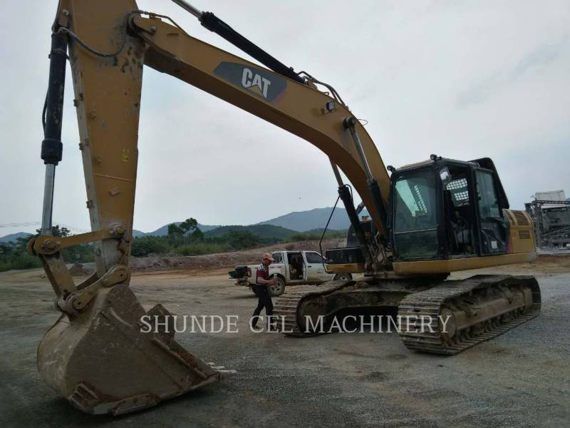 CATERPILLAR KETTEN-HYDRAULIKBAGGER 326D2L equipment  photo 1