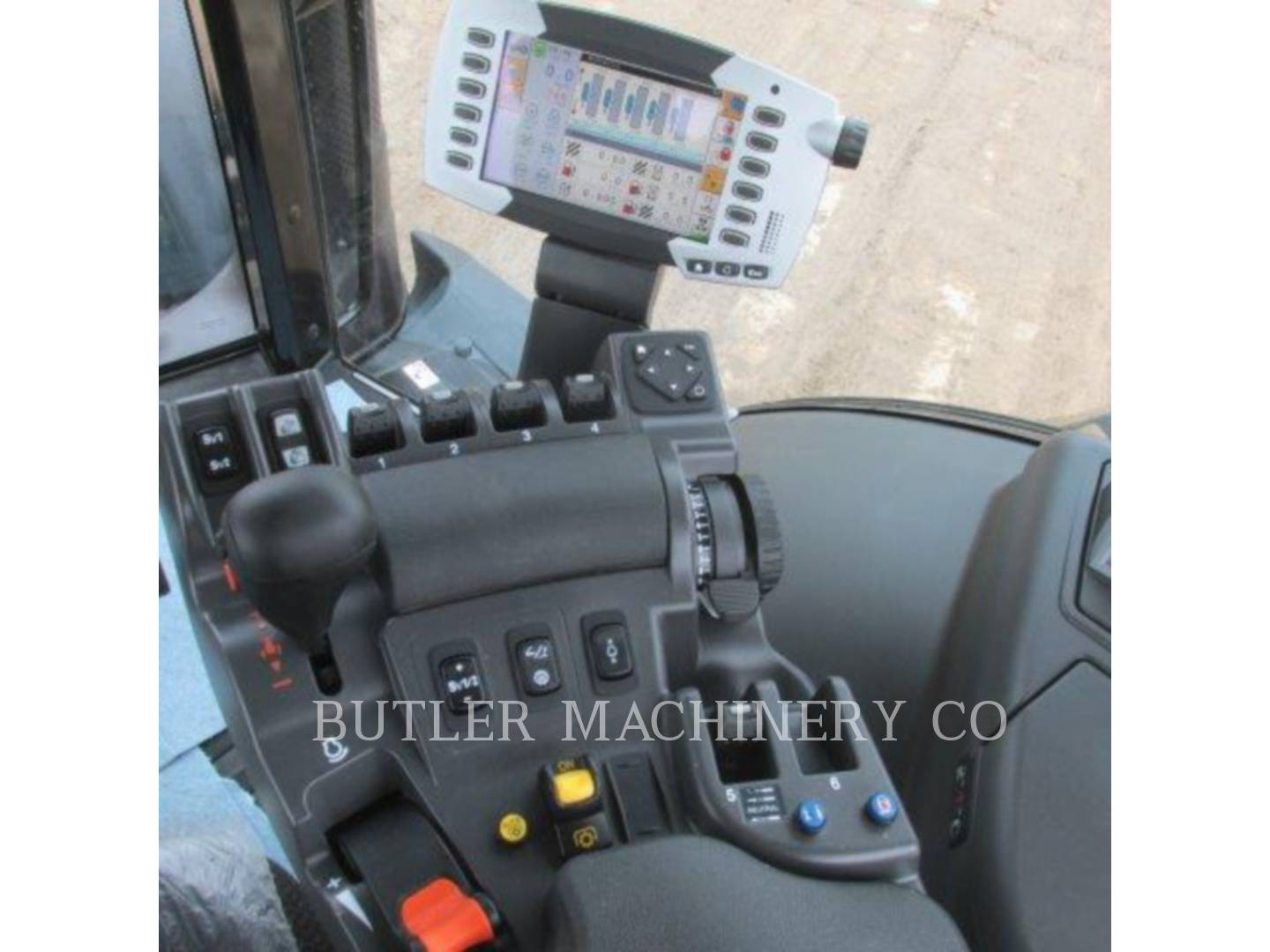 Detail photo of 2012 Challenger MT655D from Construction Equipment Guide