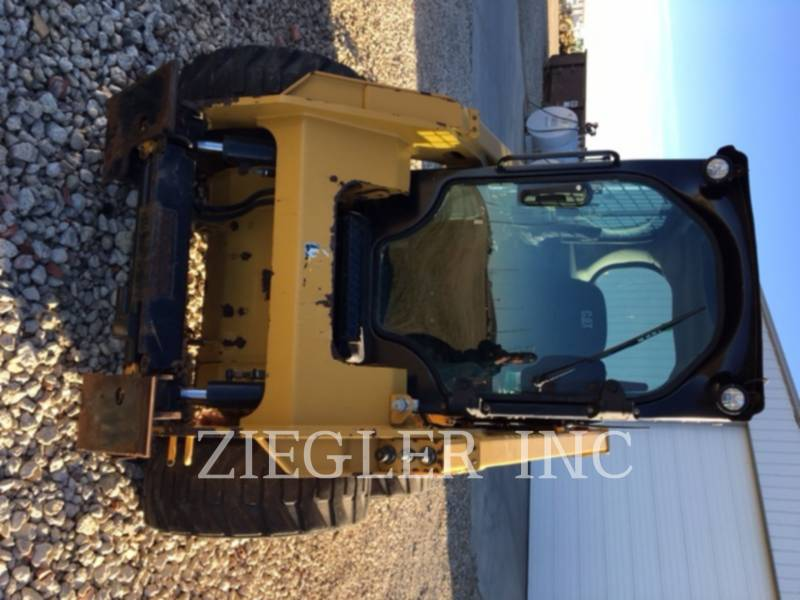 CATERPILLAR SKID STEER LOADERS 236DSR equipment  photo 1