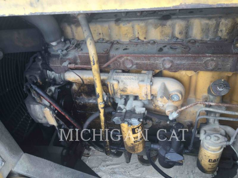 CATERPILLAR ESCAVATORI CINGOLATI 235 equipment  photo 15