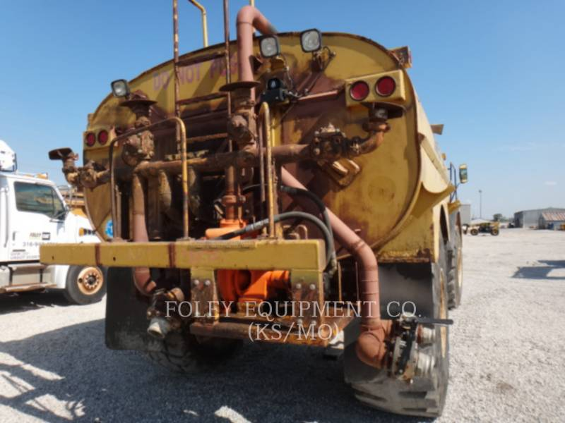 CATERPILLAR VAGONES DE AGUA D25C equipment  photo 7