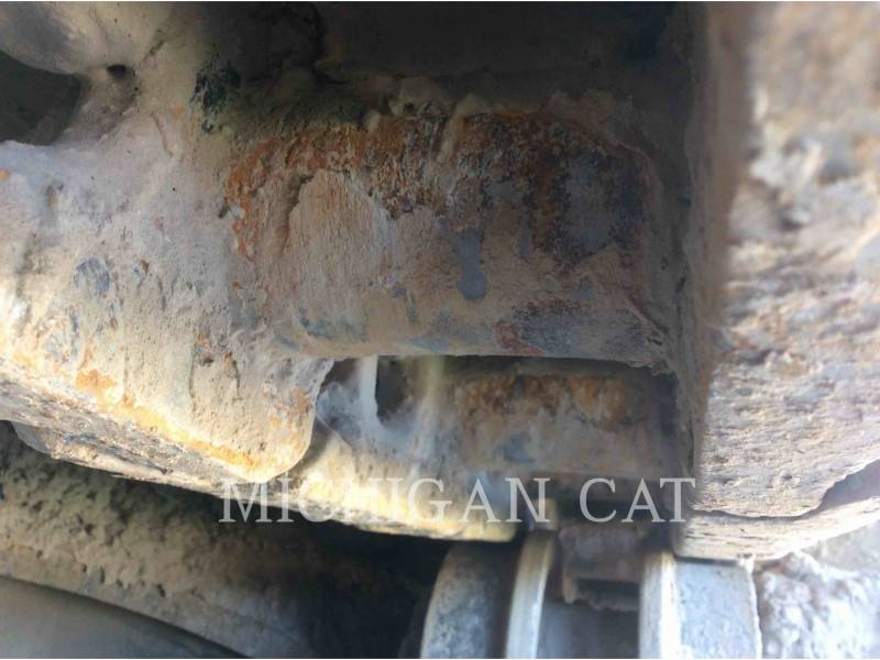 CATERPILLAR ESCAVADEIRAS 235B equipment  photo 12