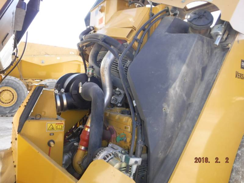 CATERPILLAR VIBRATORY DOUBLE DRUM ASPHALT CB64 equipment  photo 10