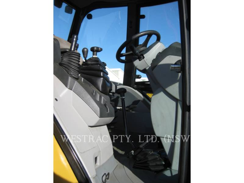 CATERPILLAR CHARGEUSES-PELLETEUSES 434F equipment  photo 5
