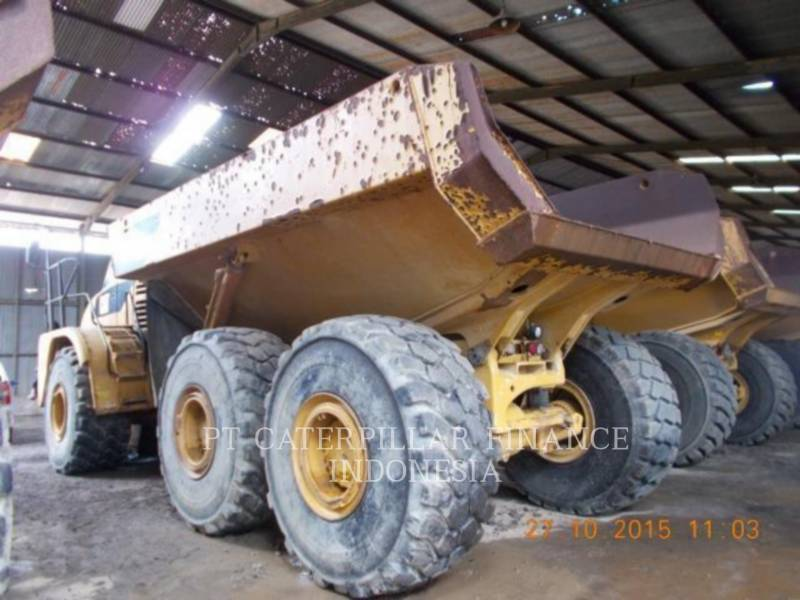 Caterpillar CAMIOANE ARTICULATE 740 equipment  photo 4