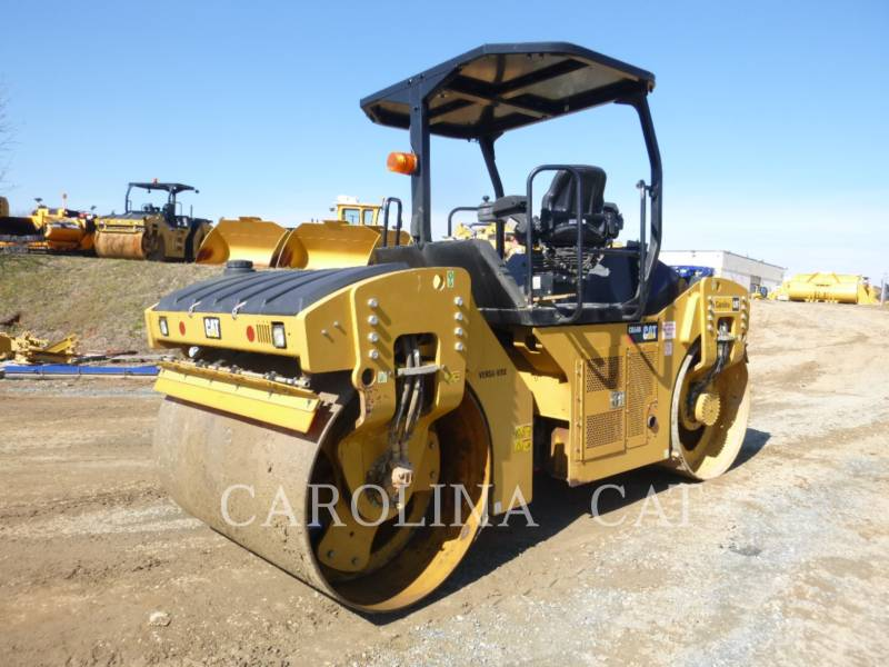 CATERPILLAR TANDEMVIBRATIONSWALZE, ASPHALT CB54B equipment  photo 3